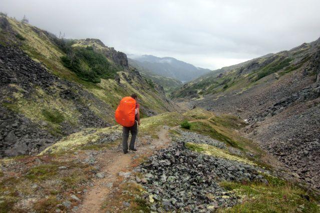 Randonnée sur le Chilkoot trail, vers  le campement happy  - Alaska