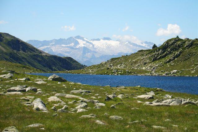Le Lac de Bassiver dans les Pyrénées - Espagnee