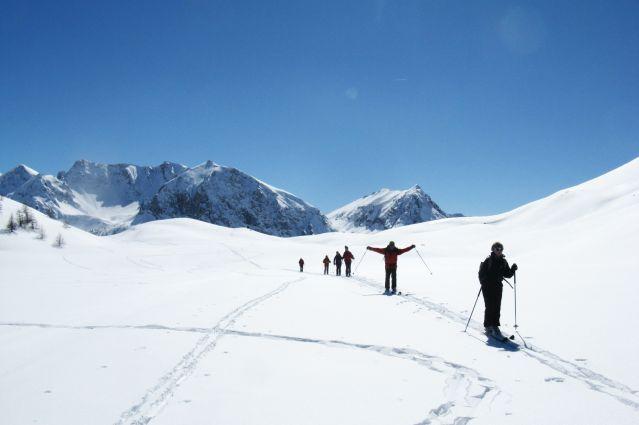Randonnée a ski dans la vallée de Thures - Italie