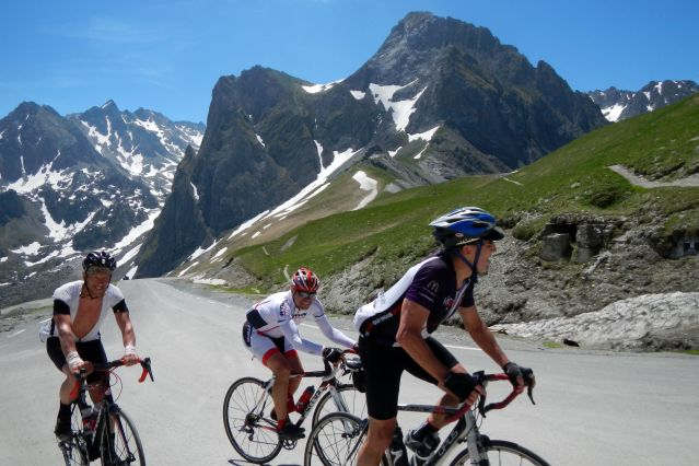 Voyage La traversée des Pyrénées en vélo de route