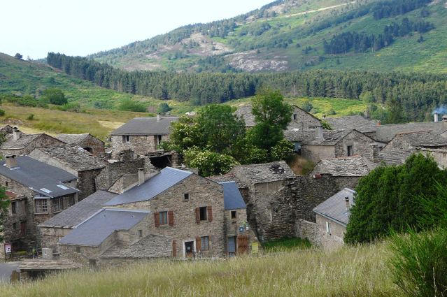 Hameau de Douch - Massif du Caroux - Parc naturel du Haut-Languedoc - France