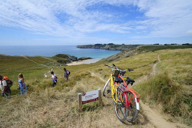 Voyage Belle-Ile-en-Mer : charme de l'insularité à vélo