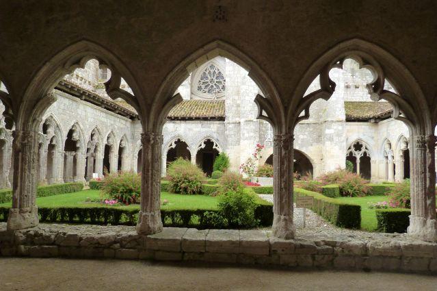 Cloître de la collégiale de La Romieu - Gers - Sud-Ouest - France