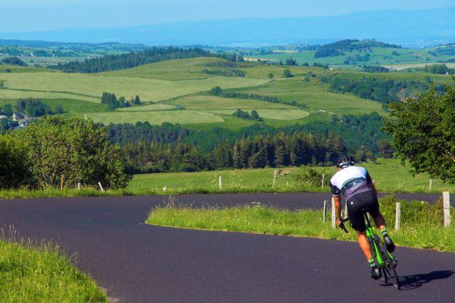 Voyage La traversée du Massif Central en vélo de route