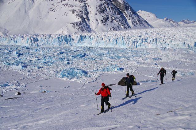 Groenland Randonnee A Ski Dans Le Fjord Ammassalik