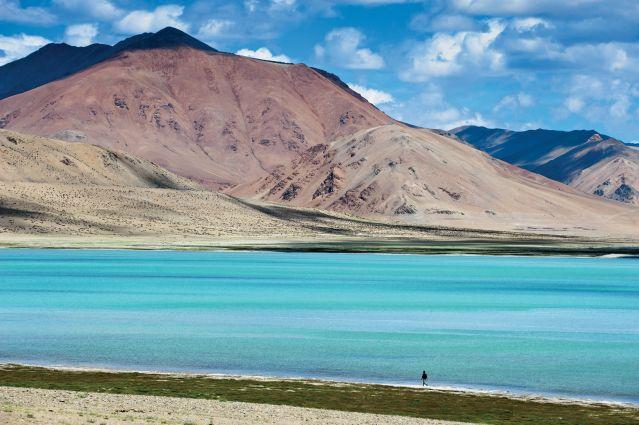 Lac Tso Moriri dans la vallée de Rupshu - Inde
