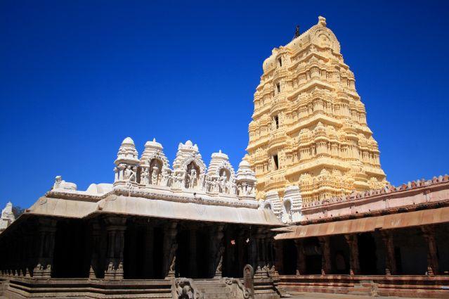Voyage Temples du Karnataka et plages de Goa