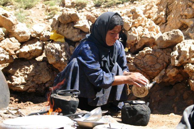 Femme nomade Bakhtyaris dans les monts Zagros - Iran