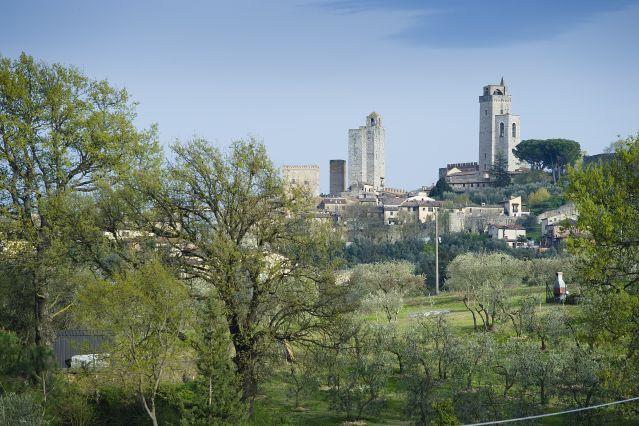 Panorama entre San Gimignano et Volterra - Toscane - Italie