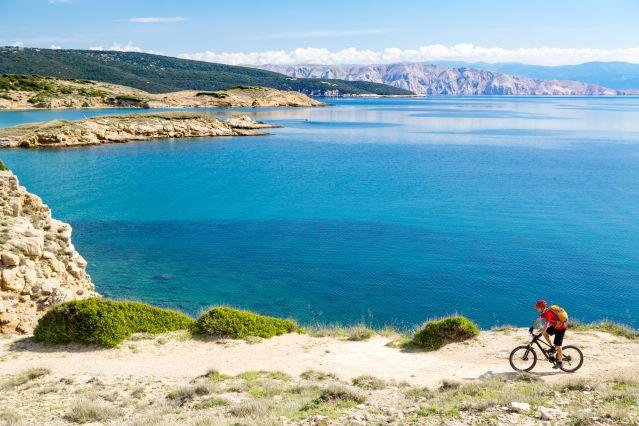 Vélo sur la crôte croate -Croatie
