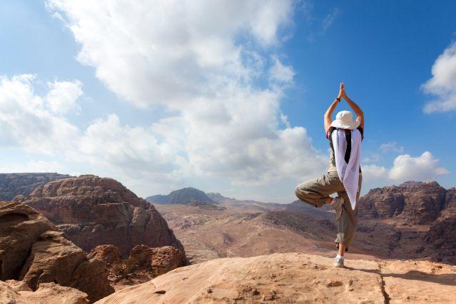 Yoga dans le désert - Pétra - Jordanie