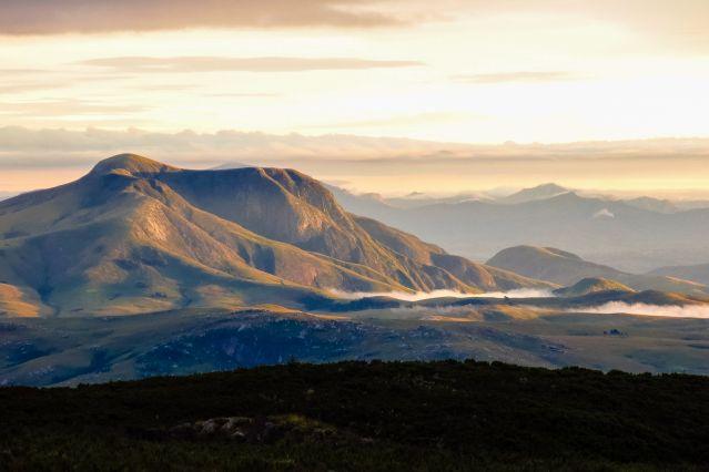 Voyage Des montagnes de l'Andringitra à l'Isalo