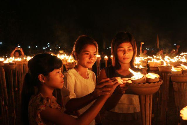 Fête des lumières - Birmanie