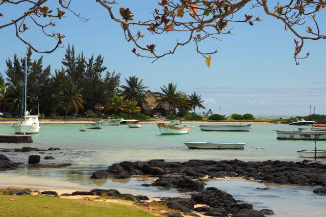 Voyage Randonnée entre nature luxuriante et eau turquoise