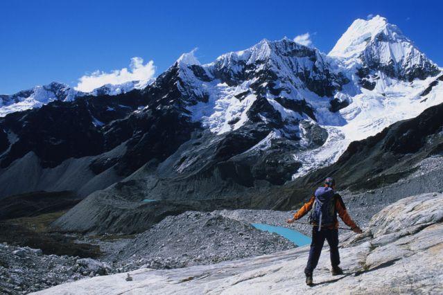 Alpamayo 5947m amp Quitaraju 6036m  peruvianandescom