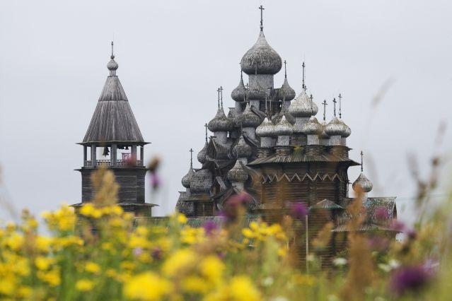 Voyage Entre deux mers, de Saint Petersburg en Carélie