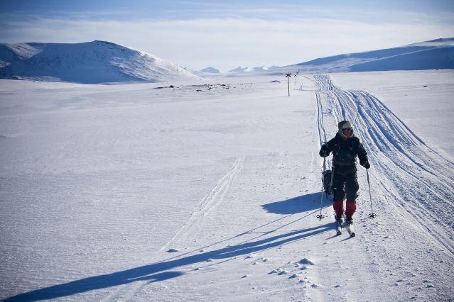 Skieur sur la piste - Suède