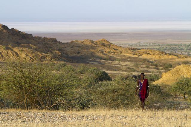 Guerrier Masai - Gol Mountains dans le Parc du Serengeti  - Tanzanie