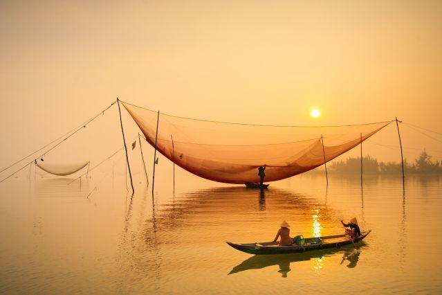 Voyage De la baie d'Halong au delta du Mékong