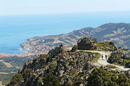 La côte catalane entre mer et montagne