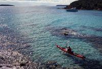 Les criques cachées de Corse en kayak