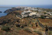De la caldeira de Santorin à l'île secrète d'Anafi