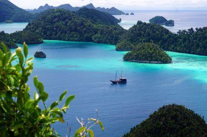 Immersion en pays Toraja, croisière aux Raja Ampat
