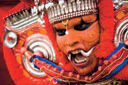 L'Inde en fête, Theyyam et Pooram au Kerala