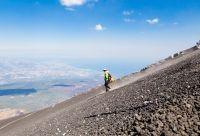 Éoliennes et Etna : le trek des volcans