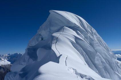 Alpamayo (5947m) et Chopicalqui (6354m)