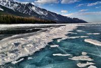 Magie glaciale du lac Baïkal
