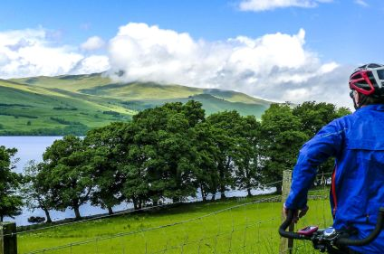 Entre lochs et châteaux écossais à vélo