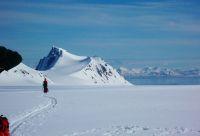 Raid à ski sur la calotte glaciaire