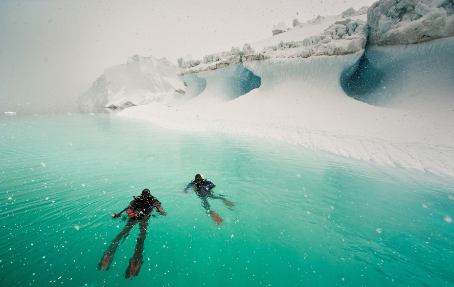 Under the pole - Sous les glaces du Groenland
