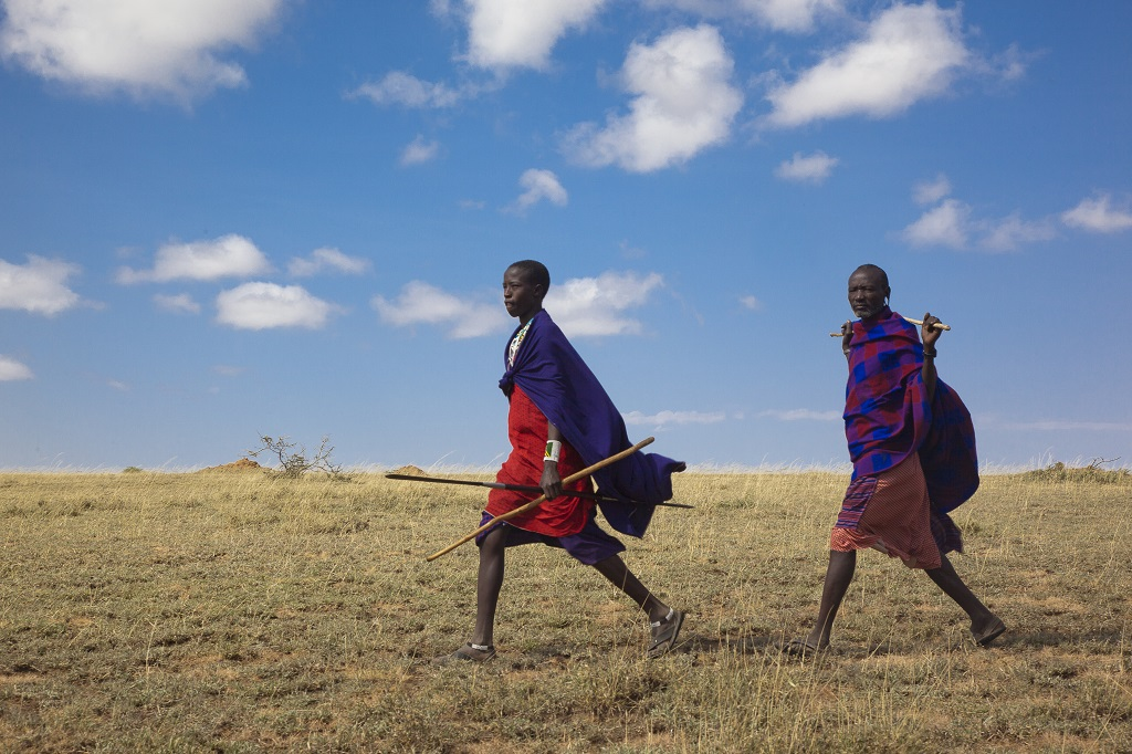 Guerrier Masai, Gols Mountains dans le Parc du Serengeti - ©Gregory Rohart