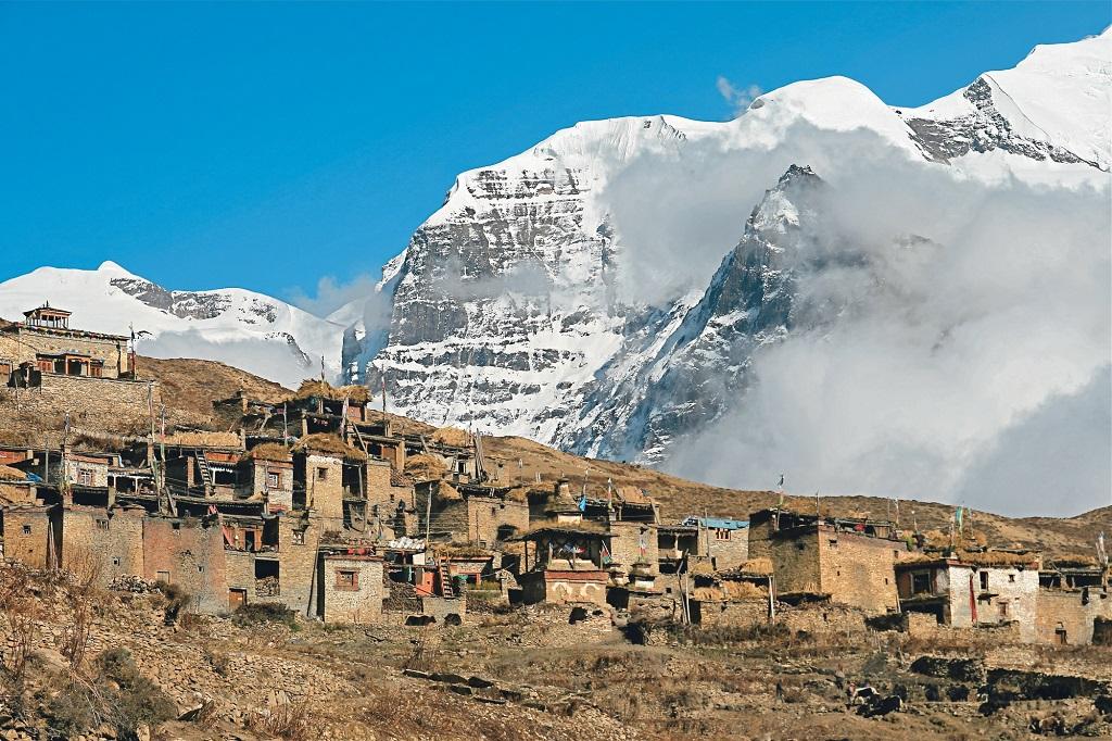 Village de Naar au coeur de l'Himalaya - Népal