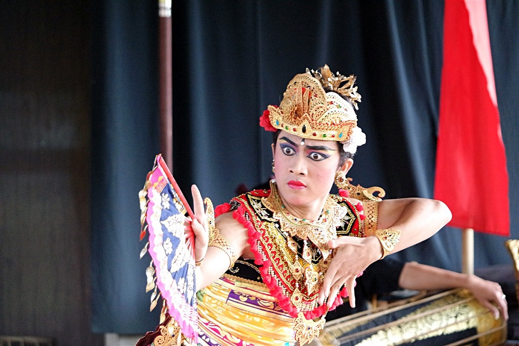 Spectacle traditionnel, Bali