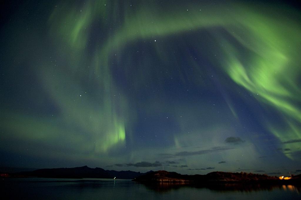Aurores boréales dans les Lofoten, Norvège