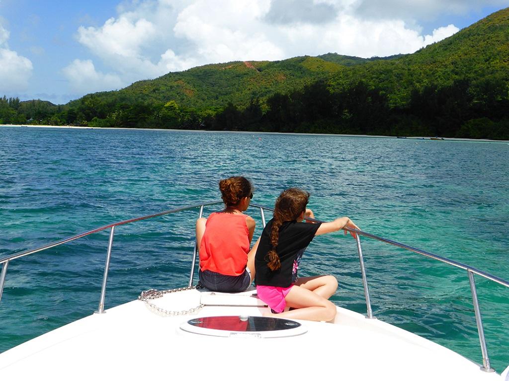 Retour pour Praslin en bateau