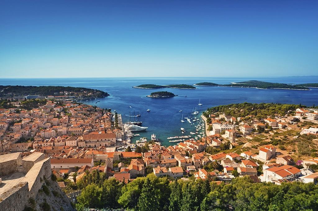 Port de la vieille ville de Hvar