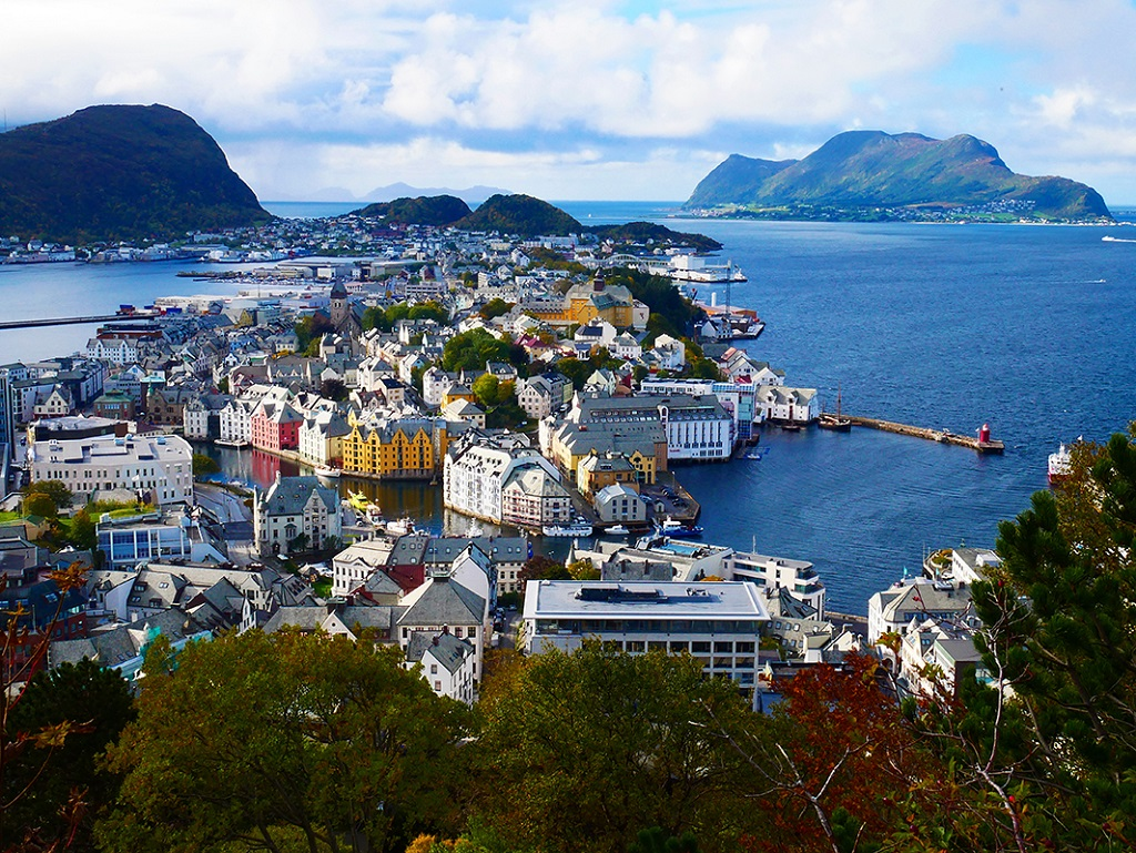 La ville portuaire d'Ålesund - ©Guillaume Cuenin