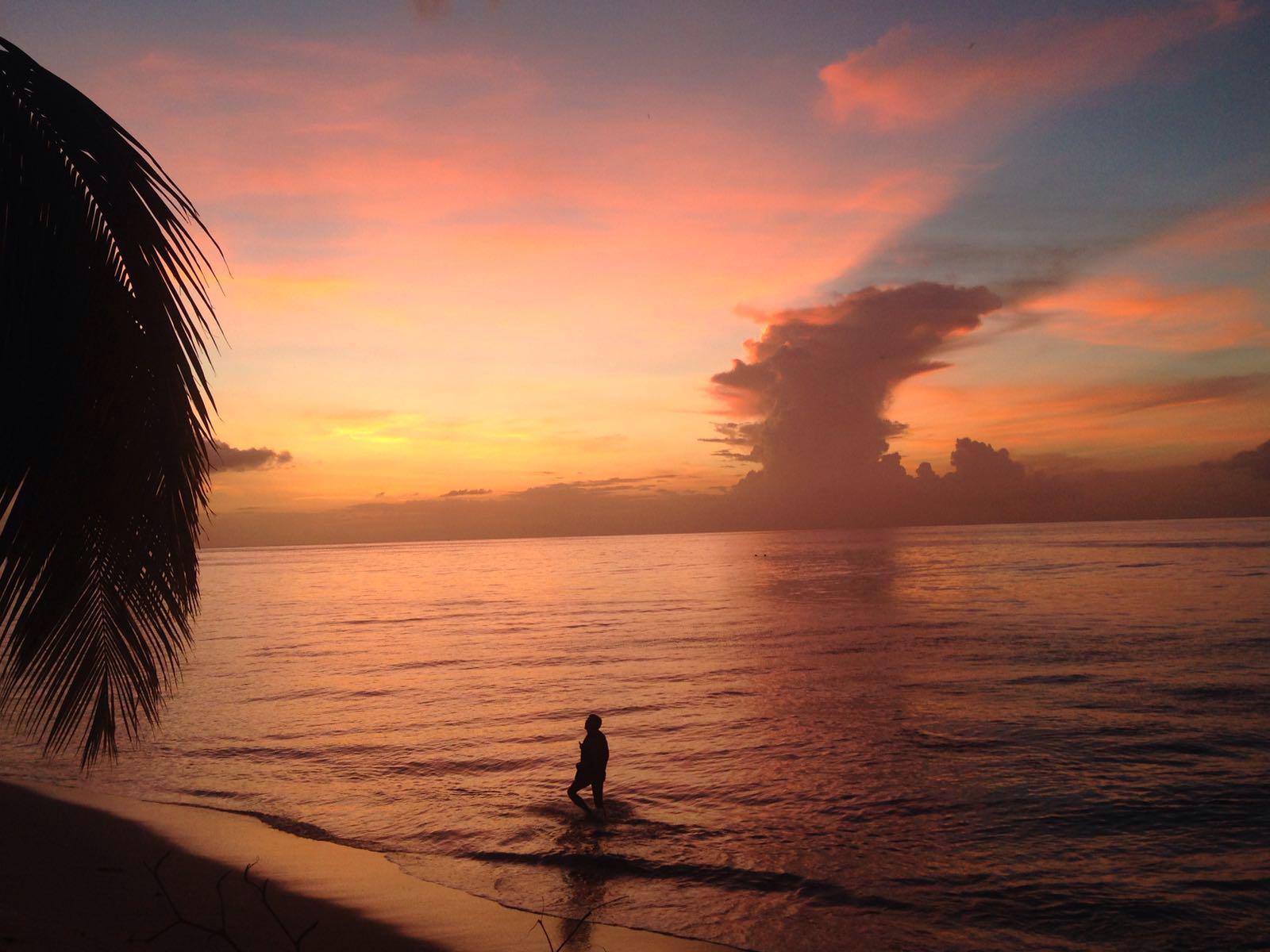 Soleil couchant sur la mer des Caraïbes