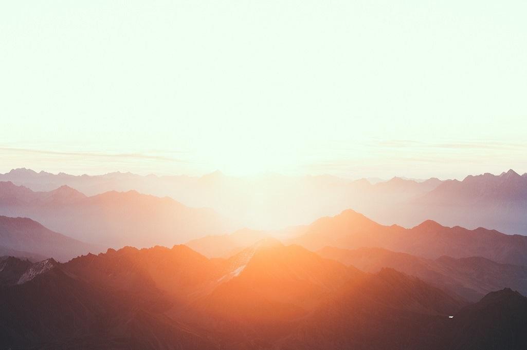 L'aube sur le Val d'Aoste