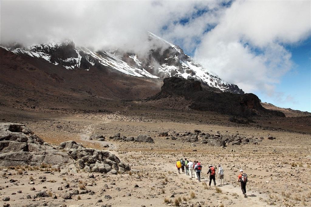 Le col de Lawa Tower situé à 4570m sur le Kilimandjaro, Tanzanie