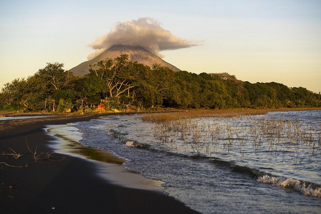 Sur l'île d'Ometep, Lac Nicaragua