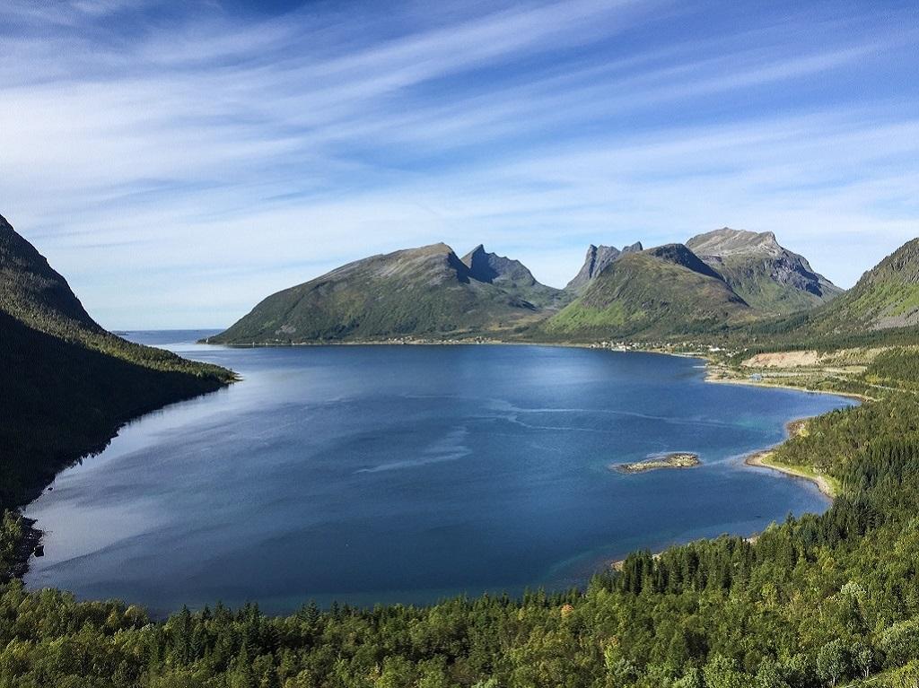 Baie sur l'île de Senja, Norvège