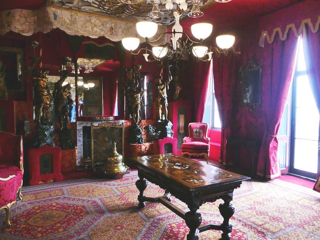 Les décors dans lesquels Victor Hugo vécut pendant 15 ans – ©Marianne Furlani