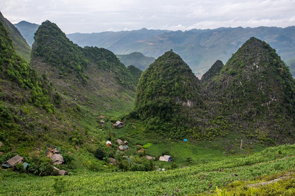 Plateau de Dong Van, Col de Ma Pi Leng dans la région de Meo Vac