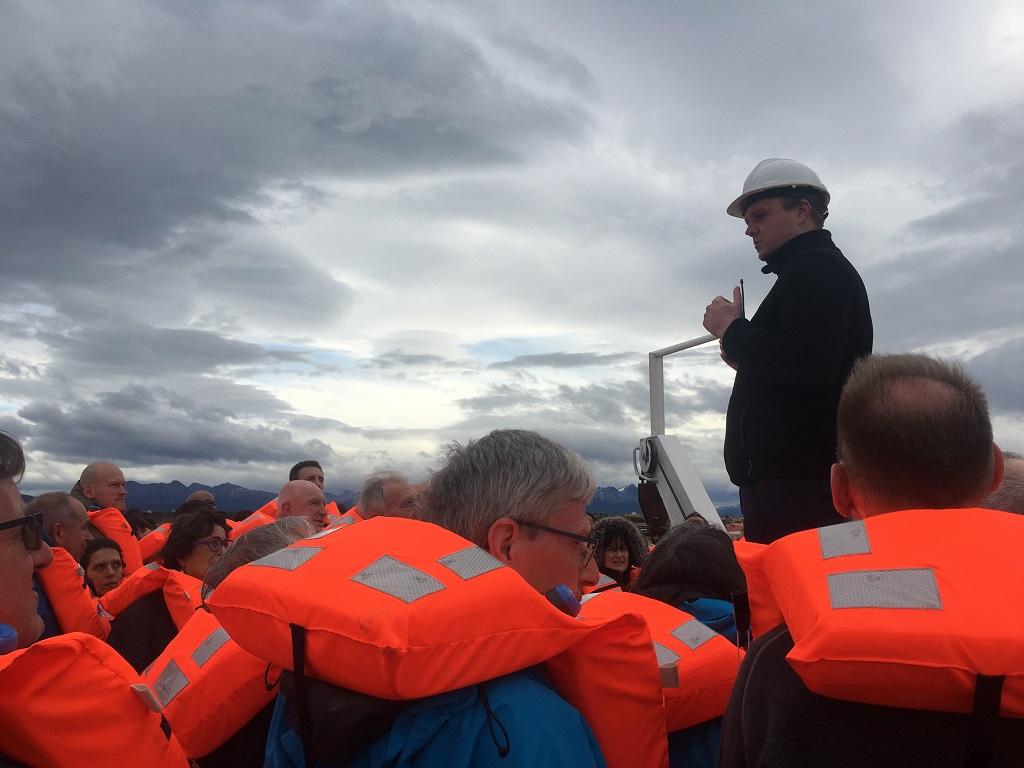 En route avec notre chef d'expédition - ©Aymeric Labiche